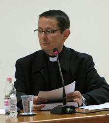 Padre Mario Marcelo Coelho