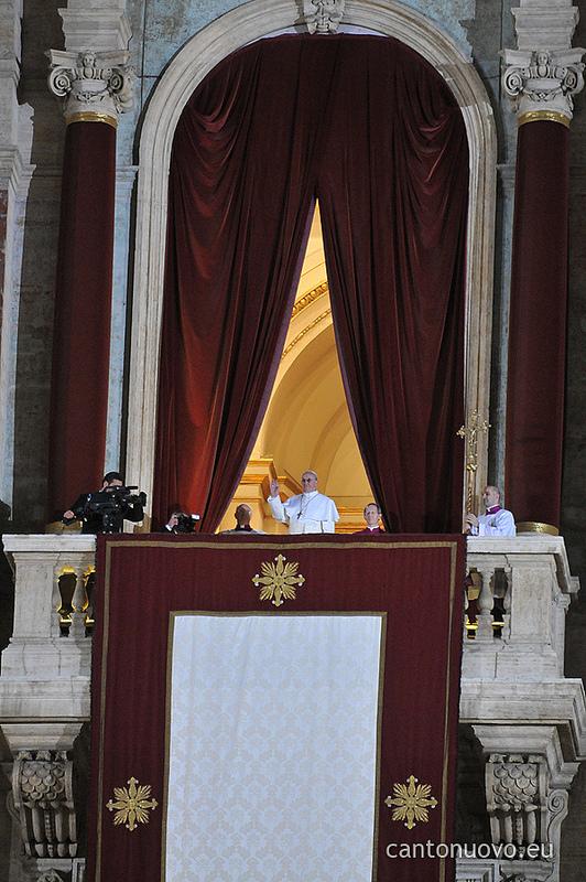 Cardeal Jorge Mario Bergoglio é o novo Papa