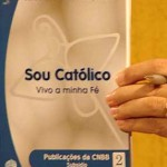 Bispos brasileiros lançam guia da fé católica