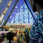 Papa destaca conquistas da mulher e papel insubstituível na família