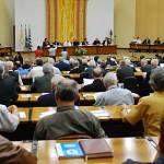 Bispos debatem formação presbiteral no 2º dia de trabalhos