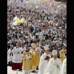 Papa clama por convivência pacífica entre religiões