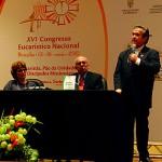 CNBB lança livro sobre bioética no Congresso Eucarístico Nacional