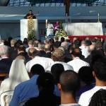 Bispos e sacerdotes rezam as Laudes na Catedral de Brasília