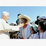 Bento XVI reúne-se com presidente do México e saúda crianças