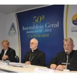 Fundo de solidariedade é aprovado para ajudar dioceses