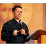 Padre explica sentido da festa da Epifania