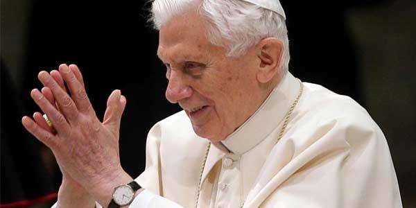 Um ano da renúncia do Papa Bento XVI