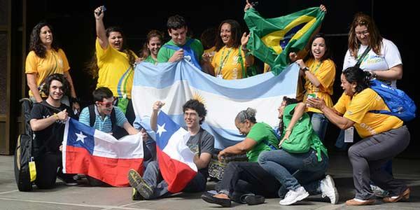 Jovens da América Latina são tema de evento no Vaticano