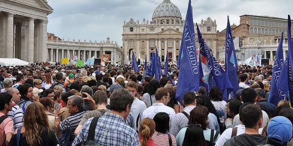 Roma se prepara para canonizações de JPII e João XXIII