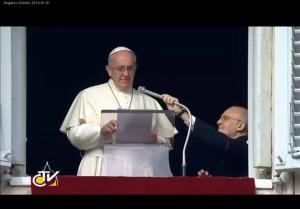 Secretário particular do Papa é nomeado para novo Dicastério