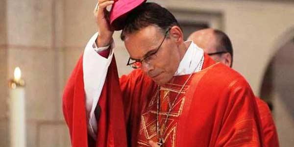 Papa aceita renúncia de bispo alemão envolvido em polêmica