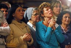 Mulheres devem ocupar cargos na Cúria Romana, diz cardeal