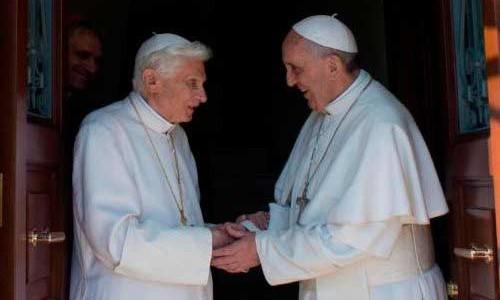 A pedido de Francisco, Bento XVI comenta entrevista à revista jesuíta