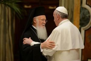 Patriarca ortodoxo fala de encontro com Papa em Jerusalém