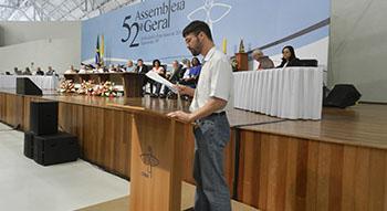 Leigos participam de sessão da Assembleia dos Bispos