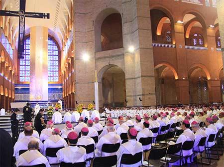 Em Aparecida, Missa recorda bispos falecidos