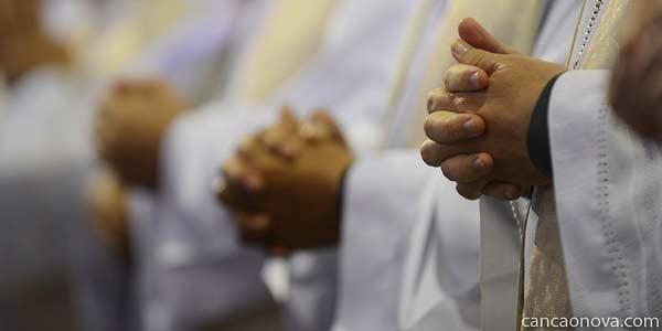 Vida é caminhada ao encontro de Deus, diz bispo