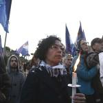 Países pedem libertação de grávida cristã condenada à morte