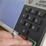 Brasileiros vão às urnas para eleger governantes do país