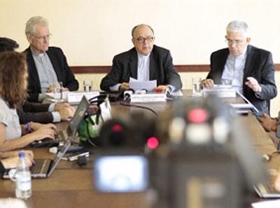 Bispos conversam com jornalistas durante coletiva em Brasília (DF) / Foto: CNBB