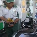 Brasileiro põe o pé no freio para enfrentar alta na gasolina