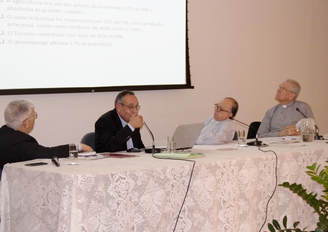 Dom Abdo fala ao Conselho Permanente da CNBB