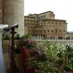 Em mensagem de Páscoa, Papa pede paz para a humanidade