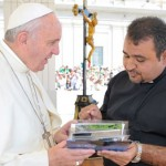 Padre apresenta drama dos refugiados iraquianos ao Papa