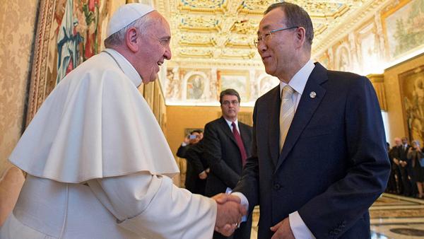Francisco durante encontro com Ban Ki-Moon, secretário-geral da ONU, no Vaticano / Foto: Arquiro - L'Osservatore Romano