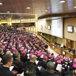 Papa e bispos celebram os 50 anos de criação do Sínodo