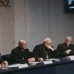 Sínodo: relatórios indicam abstenção da comunhão a divorciados