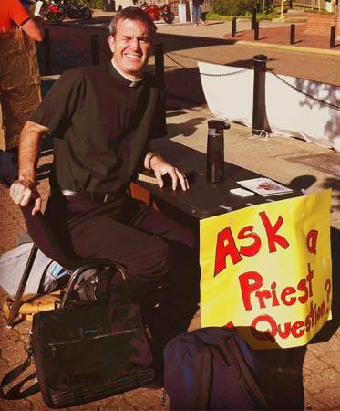 Padre Bryce, autor da iniciativa / Foto? Arquivo Pessoal