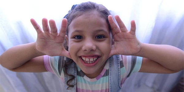 Conheça os benefícios do riso para a saúde do corpo e da alma