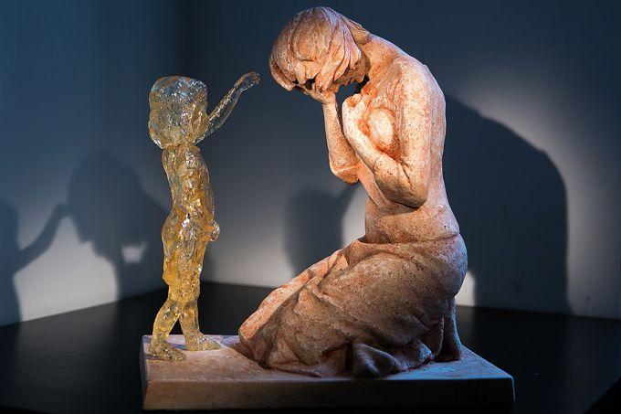 escultura-oferece-esperanca-as-maes-que-praticaram-aborto
