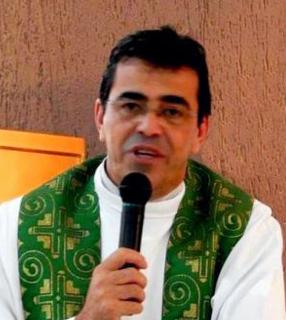 Padre Aparecido Donizete, nomeado bispo auxiliar de Porto Alegre / Foto: Pascom Paróquia São Francisco de Assis Cornélio Procópio