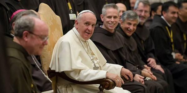 Papa Francisco disse aos frades franciscanos para serem sinais de unidade da comum fraternidade franciscana/ Foto: L'Osservatore Romano