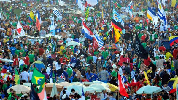 Juventude de diversas nacionalidades reunida na última edição da JMJ, em 2013, no Rio de Janeiro / Foto: Arquivo CN
