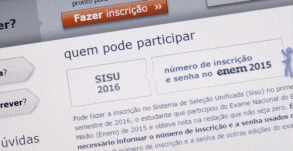 Estudantes selecionados pelo Sisu podem fazer até 26 de janeiro a matrícula nas instituições públicas de ensino superior / Foto: Elza Fiuza - Agência Brasil