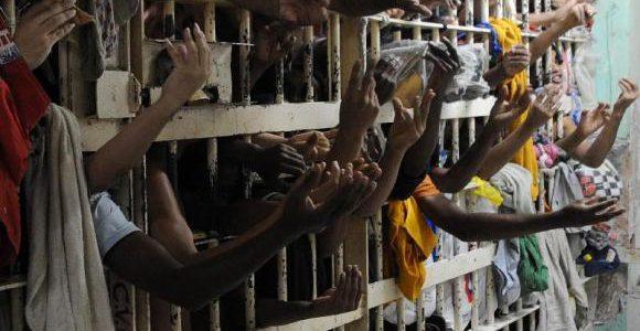 O número de pessoas privadas de liberdade no país subiu de 90 mil para 622 mil, em 25 anos./ Foto: Arquivo Agência Brasil