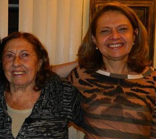 Silvana Vincenzi com a mãe Angelina. / Foto: Arquivo Pessoal.