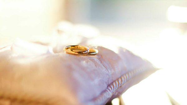 Noivos devem ter prioridades para economizar em casamentos./ Foto: Wesley Almeida