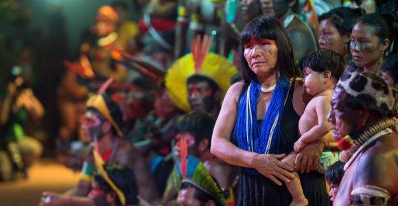 Áreas que vinham sendo reivindicadas há anos foram reconhecidas como territórios tradicionais indígenas e o Conselho Nacional de Política Indigenista foi instalado.