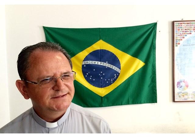 Reitor do Colégio Pio Brasileiro, padre Geraldo Maia comenta novo memorial / Foto: Rádio Vaticano