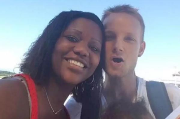 Elisabeth Ribeiro passava férias em Nice com o esposo e os filhos./ Foto: Reprodução Facebook