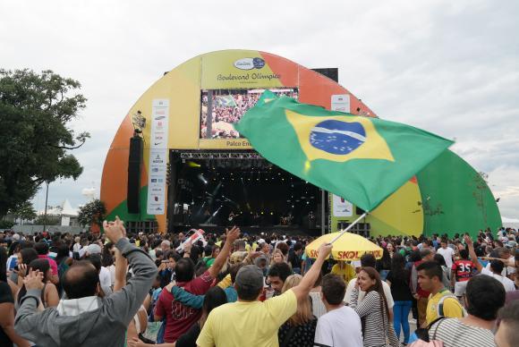 Local de encontro e de celebração de torcedores, o Boulevard Olímpico é o novo cartão postal do Rio de Janeiro / Foto: Vladimir Platonow - Agência Brasil