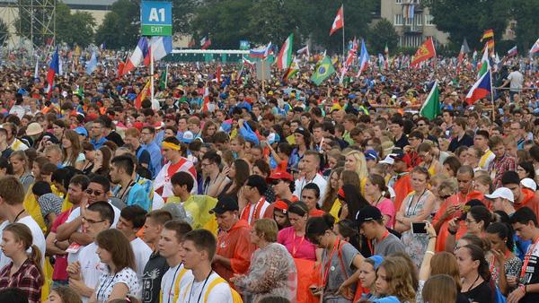 Jovens reunidos em Cracóvia na última edição da JMJ / Foto: Site oficial krakow2016