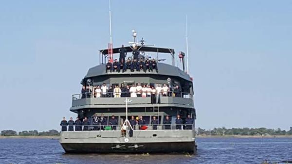 Procissão fluvial leva o Santíssimo Sacramento pelos rios da Amazônia / Foto: Site oficial