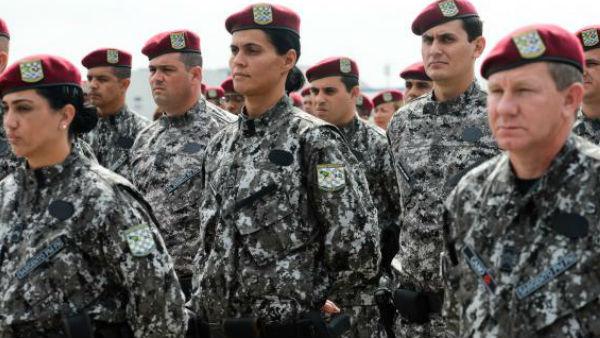 Militares da Força Nacional, que vão reforçar segurança dos Jogos Olímpicos, desembarcam na Base Aérea do Galeão / Foto: Tomaz Silva - Agência Brasil