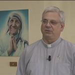 Padre que conviveu com Madre Teresa comenta sobre processo de canonização